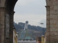 Blick vom Triumpfbogen zum Berg Isel