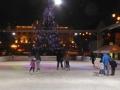 Eislaufplatz vor dem Slowakischen Nationaltheater