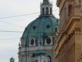 Blick zu Karlskirche und Musikverein