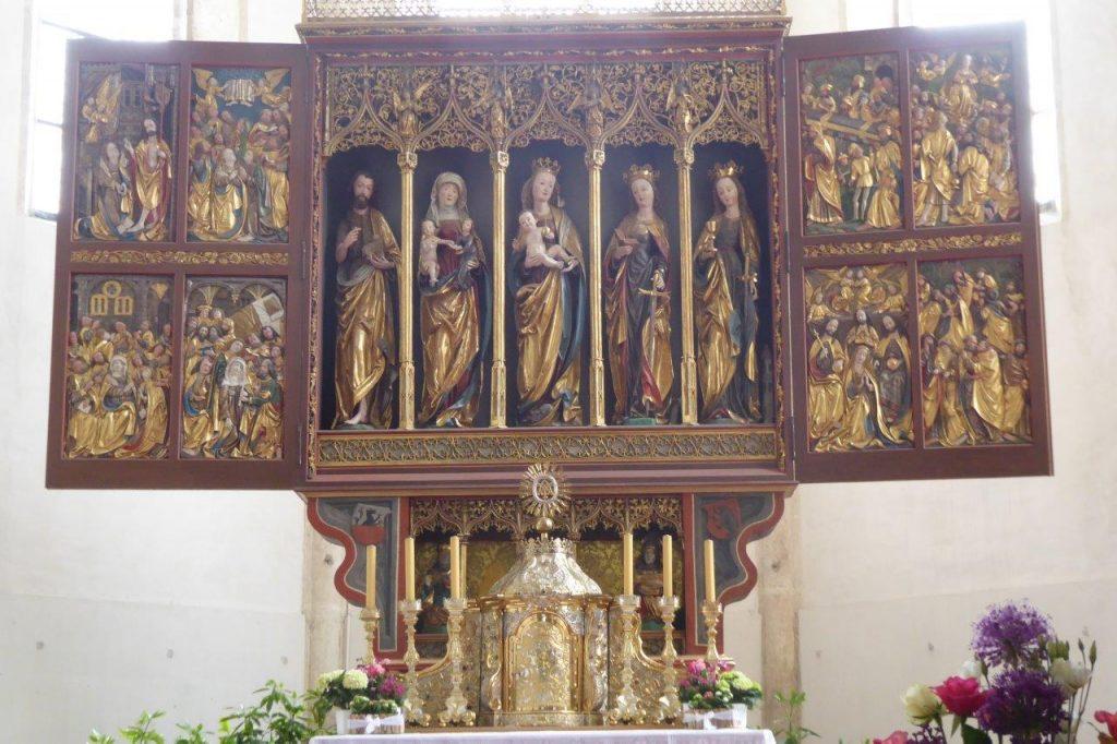 """Flügelaltar in der Wallfahrtskirche """"Maria Rast"""""""