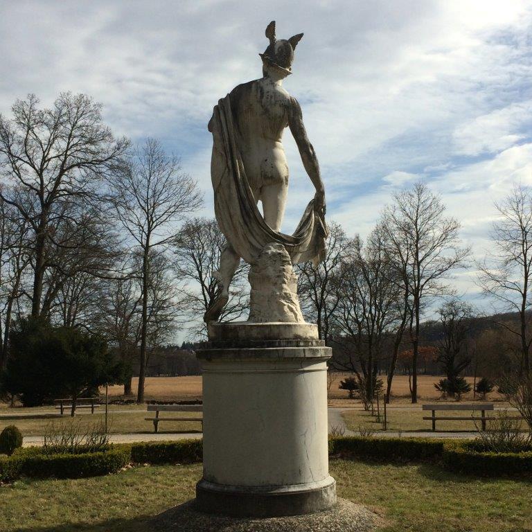 Hermesstatue im Lainzer Tiergarten