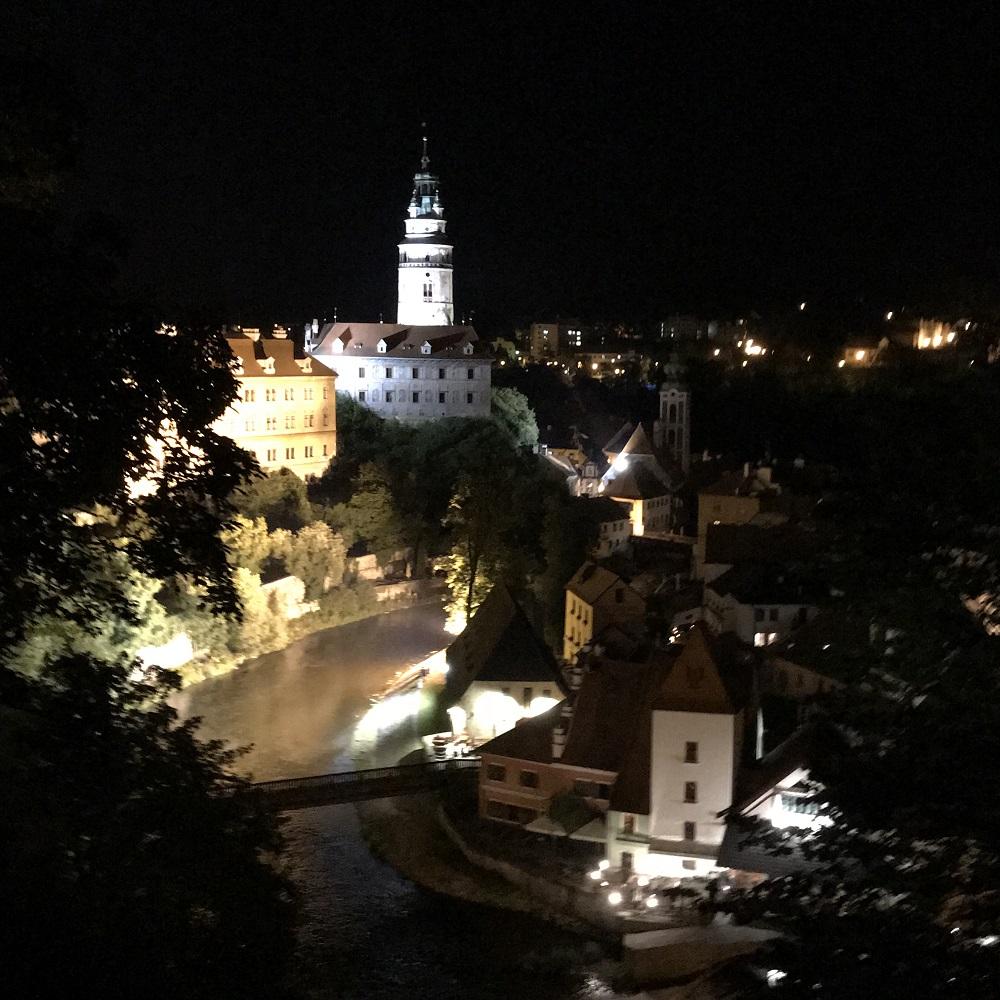 Schloss Krumau bei Nacht
