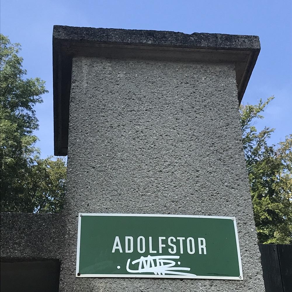 Das gesperrte Adolfstor