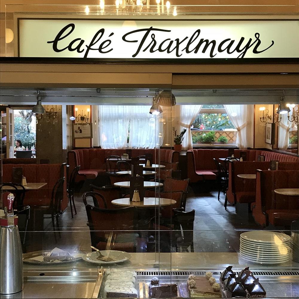 Cafe Traxlmayr in der Promenade
