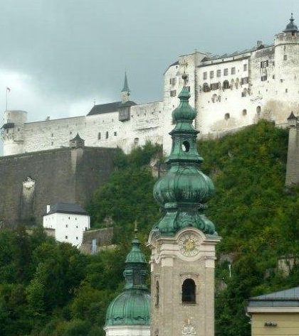 Salzburg St.-Peter-mit-Festung