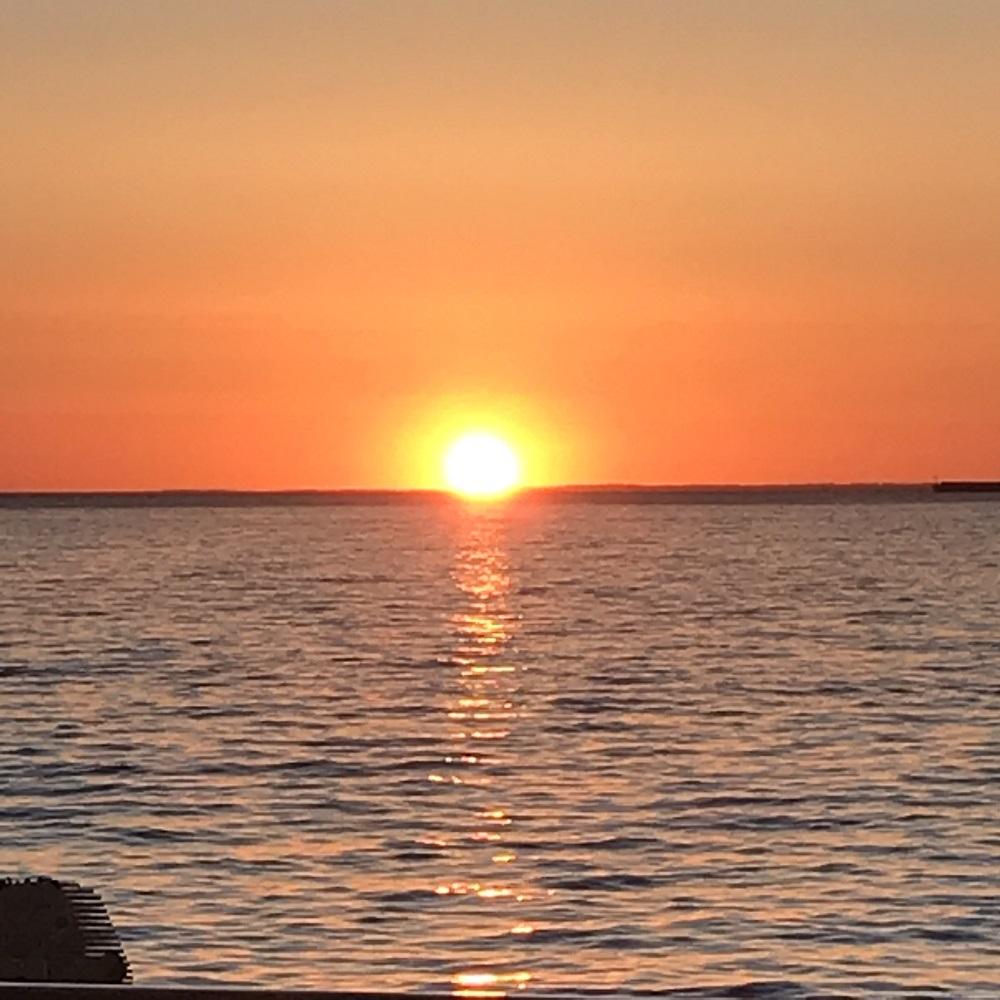 der 1. Sonnenuntergang auf See